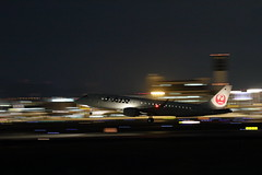 UP3A4988 (ken1_japan) Tags: 大阪国際空港 伊丹空港 itm 伊丹スカイパーク スカイランドハラダ japan osaka airplane ana jal canon 7dmkⅱ ef70200mm f28lisiiusm
