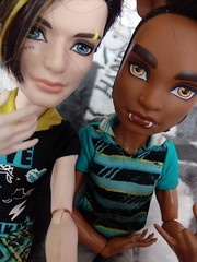 BFF - Jackson & Clawd (You_Are_Not_Alone) Tags: wolf werewolf packoftrouble clawdwolf savefrankie jacksonjekyll monsterhigh polishdolls monsterboys man boys boy manster sister photobymysister dolls mansters friend friends bff bestfriends bestfriendsforever