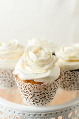 Cupcake 7-23-17 (brian_barney9021) Tags: cupcake cake meringue bakery lacrosse wi wisconsin white pastry food dessert la crosse nikon d7200 macrodesserts