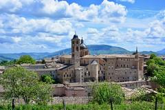 Urbino 2017 – View of the city from the Fortezza di Albornoz (Michiel2005) Tags: view uitzicht fortezzadialbornoz albornoz fortezza urbino italia italy italië marche marken demarken