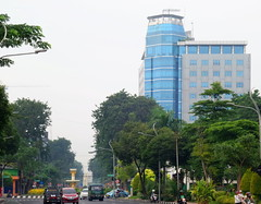 Surabaya Hijau (Everyone Sinks Starco (using album)) Tags: surabaya eastjava jawatimur city kota