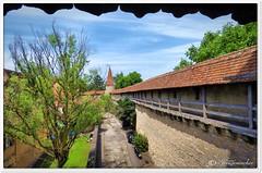 Mittelalterliche Stadtmauer (Don111 Spangemacher) Tags: himmel sommer städte historisch romantik rothenburg bunt bayern gebäude kleinstadt