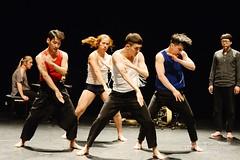 d'Ayelen Parolin  DSC_9533Mirabelwhite (Mirabelwhite) Tags: danse danseur piano coree argentine cdc avignon festivaldavignon nativos ayelenparolin lete davignon mirabelwhite