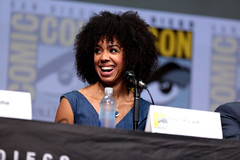 Pearl Mackie (Gage Skidmore) Tags: pearl mackie doctor who bbc san diego comic con international 2017 convention center california