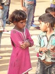 puja in conversazione (Association Devidine) Tags: kids school adivasi devidine girls madhya pradesh india école
