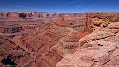 At Dead Horse Point (jed52400) Tags: deadhorsepointstatepark moab utah landscape scenery formation blueskies redrocks