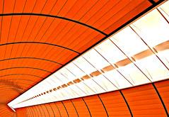 Münchner Kindl (Fotoristin - blick.kontakt) Tags: architecture subway underground munich münchen abstract marienplatz station ubahn metro orange beer münchnerkindl lines curves