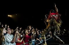 Jazz à Vienne (Renaud Alouche) Tags: rouge deluxe jazz jav jazzavienne concert gig show saxophoone sax red light ligts hand energy night dark scene contrast gold or crowd woman man eyes eye look love like nikon shot photo