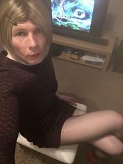 (Sasskia1tranny) Tags: redlipstick lipstick blonde reddress ladyboy shemale mtf tg tv blacktights tights smooth leggy sexy tranny