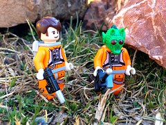 """""""We need to contact the rebel base Tyben, but be careful, we're in enemy territory... and it's cold."""" (StarCity2046) Tags: leia luke han finn poe rey jedi movies minifigures legostarwars starwarslego starwars lego"""