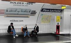 Je vois surtout.... (patrick2211(ex Drozd1)) Tags: humour métroparisien stations