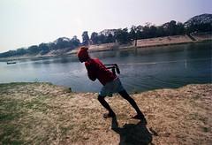 gun tana (bimboo.babul) Tags: boatman guntana transport river bangladesh