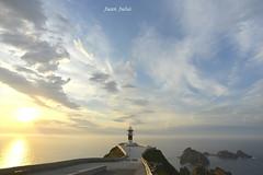 Cabo y Faro Ortegal (Cariño, Galicia) (juliachocis) Tags: faro ortegal cariño galicia spain sunset cabo españa