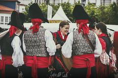 Momentos Folkloricos I (Leticia Cabo) Tags: persson festival ortigueira uniform celta celtic galicia folk tradicionla tradicional folklorico cultura musica music pipe gaita pandereta event