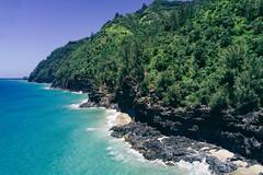 Oh this blue Na Pali Coast Kauai, Hawaii (Oliver Raatz) Tags: jungle colors inhalt hawaii kauai nature