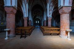 _DSC0489 (m.krema) Tags: abbazia chiesa religione luce contrasto interno treppiedi d750 viboldone lombardia italia it