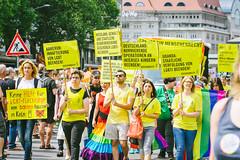 Amnesty (DOKTOR WAUMIAU) Tags: d7200 ishootraw nikon berlin csd lightroom sigma sigmaart sigma50100 loveislove lovewins csd2017