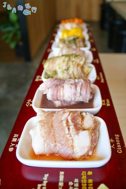【桃園車站/台北東區】八色烤肉-免費附海鮮大醬湯,生菜.韓式小菜.沙拉無限供應,八色烤肉八種口味一次滿足! @J&A的旅行