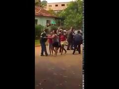 Polícia Militar de Salmourão intervém em confusão envolvendo vereador Maurício Porco (PSDB) (portalminas) Tags: polícia militar de salmourão intervém em confusão envolvendo vereador maurício porco psdb