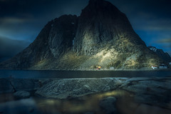 The unexpected light (Sizun Eye (OFF for a while)) Tags: lofoten norway nordland light night reinefjord reflections mountain rocks coast fjord sizuneye magic atmospheric nikond750 d750 tamron2470mmf28 le longexposure poselongue scenicsnotjustlandscapes gettyimages