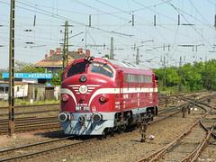 MTMG M61 010 (boti_marton) Tags: mtmg m61 610 class610 618 class618 nohab locomotive diesel trainstation hungary budapest europa panasoniclumixdmclz20