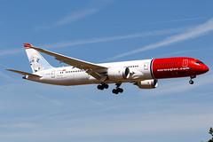 Norwegian Boeing 787-9 (JamRowPhotography) Tags: aviationphotography boeing boeing787 dreamliner norwegian gatwick avgeek aviation