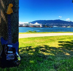 Seeking Shade (Pennan_Brae) Tags: guitarphotography musicphotography offsetguitar 604 vancouverbc electricguitars fenderguitars fenderguitar fender guitar yvr vancity vancouver electricguitar fendermustang