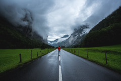 Road. Red. (Blende4.0) Tags: lauterbrunnen switzland valley tal street road alps mountain mountains sky hiking