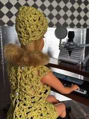"""Dream a little dream of me.."" (Foxy Belle) Tags: mod barbie vintage marlo flip blonde crochet dress music diorama 16 scale audition key board girls activity yellow vlack hat handknit doll mattel 1960s minidress"