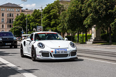 Track Toy. (dutchwithacamera) Tags: gt3rs 911gt3rs 991gt3rs porsche911gt3rs porsche porsche911 porsche991 photography photo photoshoot car carphotography cars carspotting carspot supercar hypercar sportscar munich nikon nikond7200 d7200 50mm