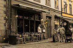 Yellow Gamla Stan (@acastellonm) Tags: sweden suecia estocolmo stockholm gamla stan gamlastan café bar restaurant restaurante amarillo yellow bandera flag