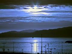 Noche americana en la Ria de Vigo (Bonsailara1) Tags: bonsailara1 hmm vigo pontevedra españa spain sunset dayfornight effect efecto noche americana blue azul