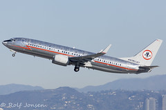 N951AA Boeing 737-800 American airlines Los Angeles airport KLAX 25.01-17 (rjonsen) Tags: plane airplane aircraft flying flight astrojet bare metal livery scheme special oneworld lax