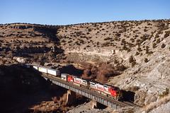 ATSF 802 East at Abo Canyon, NM (thechief500) Tags: atsf abocanyon bnsf clovissubdivision railroads nm newmexico santaferailway atchisontopekaandsantafe