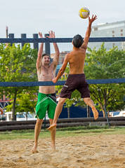 2017-07-17 BBV Men's Doubles (38) (cmfgu) Tags: craigfildespixelscom craigfildesfineartamericacom baltimore beach volleyball bbv md maryland innerharbor rashfield sand sports court net ball outdoor league athlete athletics sweat tan game match people play player doubles twos 2s men