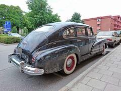 1947 Buick 41 Special 4 door (crusaderstgeorge) Tags: crusaderstgeorge cars classiccars 1947buick41special4door 1947 buick41 special 4 door americancars americanclassiccars americancarsinsweden chrome gävle gävleborg sweden sverige patina
