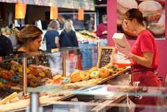 Donut? (Tom van der Heijden) Tags: markthal rotterdam donut roze verkoop markt
