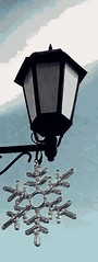 Selman Repišti : ''A Winter Lantern'' (SelmanR) Tags: lantern streetlight lamppost lamp mobilephoto winter snowflake sky