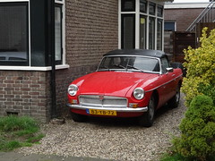 MG  B TOURER US  83-YB-72 1977 / 2012 Apeldoorn (willemalink) Tags: mg b tourer us 83yb72 1977 2012 apeldoorn