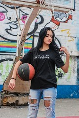 IMG_2445-2 (lucianomarqss) Tags: leticiaxavier youtube backtoorkut makemefeel basquete black colors grilsrules rules cold grafitti grafite jeans arcadefire glass