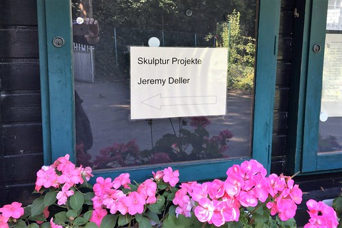 170717 052 Mühlenfeld allotment garden colony - Jeremy Deller, Speak to the Earth and It Will Tell You