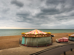 Closed (RWYoung Images) Tags: rwyoung olympus em1mk11 brighton uk beach fair merrygoround quantumentanglement sea ocean holiday