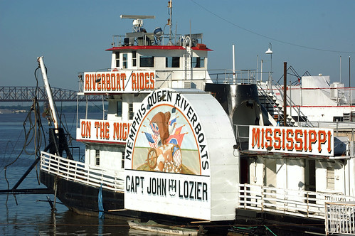 memphistennessee memphisqueen riverboat mississippiriver sailing vessel shelbycounty