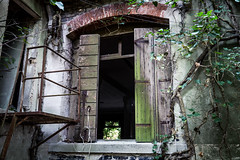 IMG_1612-2 (The Dying Light) Tags: hauntedisland povegliaisland urbanexplorationphotography urbanexploration urbanexploring 2017 abandoned asylum canon decay horror hospital italy poveglia urbex venice