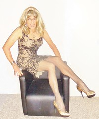 gold network (Katvarina) Tags: crossdress crossdressing crossdresser metrosexuality intersex tgirl tgurl highheels
