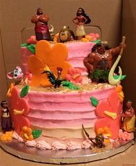 Moana Cake (TheBakeryFairy♥) Tags: moanacake moana cake tieredcake twotiercake thebakeryfairy thebakeryfairycom whitecake buttercream fondant gumpaste