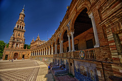 Plaza De España / One half (jo.misere) Tags: spain spanje tegels tails 1024mm tamron sony
