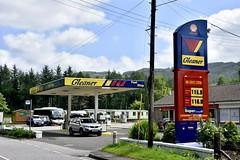 Gleaner, Bridge of Awe Argyll & Bute. (EYBusman) Tags: gleaner petrol gas gasoline station garage bridge awe loch argyle bute shell spar eybusman