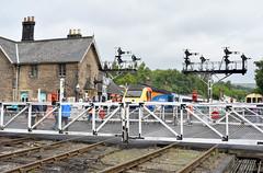 2017-07-15 EM 43044 (0630 Derby-Pickering 'Pickering Paxman' charter) Grosmont 7 (John Carter 1962) Tags: trains rail railways nymr hst 125 eastmidlandstrains railtour pickeringpaxman