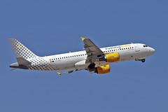EC-KDT Airbus A.320-216 Vueling AGP 14-06-17 (PlanecrazyUK) Tags: lemg malaga–costadelsolairport malaga costadelsol eckdt airbusa320216 vueling agp 140617